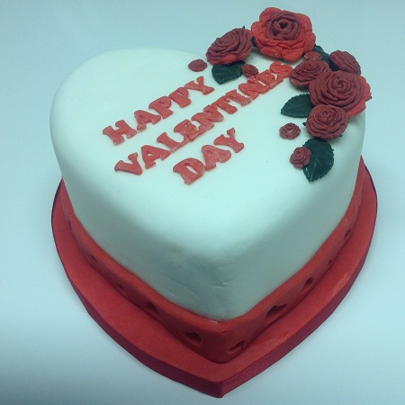 S Shaped Cake Images : Valentines cakes and cupcakes - Beautiful and unique Hand ...