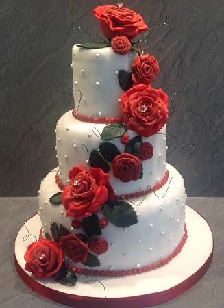 Wedding Cakes And Cupcakes Beautiful And Unique Hand
